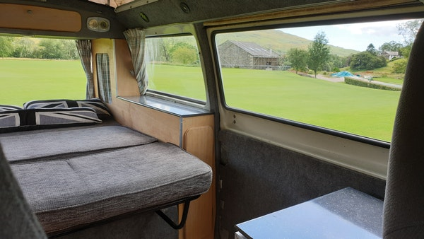 1975 Volkswagen Type 2 Camper For Sale (picture 61 of 138)