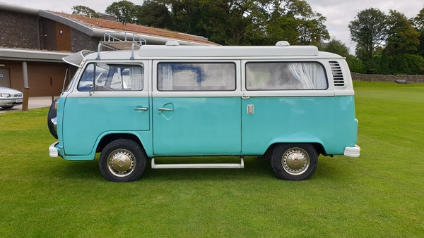1975 Volkswagen Type 2 Camper For Sale (picture 4 of 138)