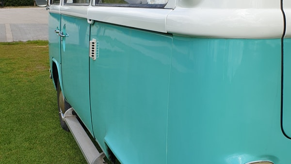 1975 Volkswagen Type 2 Camper For Sale (picture 81 of 138)