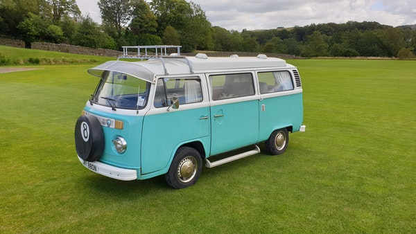 1975 Volkswagen Type 2 Camper For Sale (picture 21 of 138)