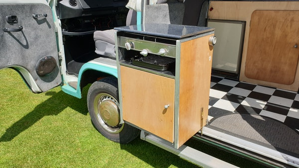1975 Volkswagen Type 2 Camper For Sale (picture 44 of 138)