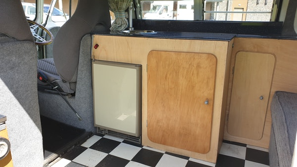 1975 Volkswagen Type 2 Camper For Sale (picture 49 of 138)