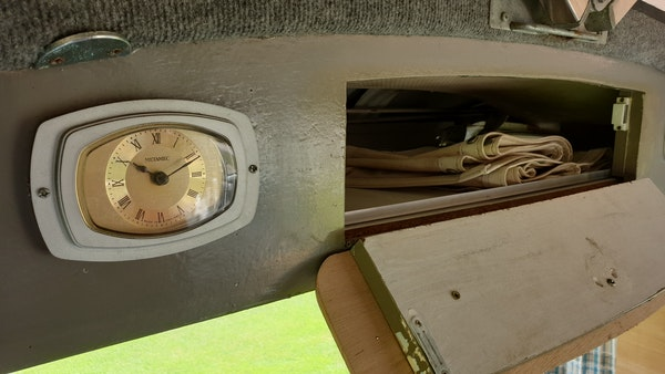 1975 Volkswagen Type 2 Camper For Sale (picture 56 of 138)