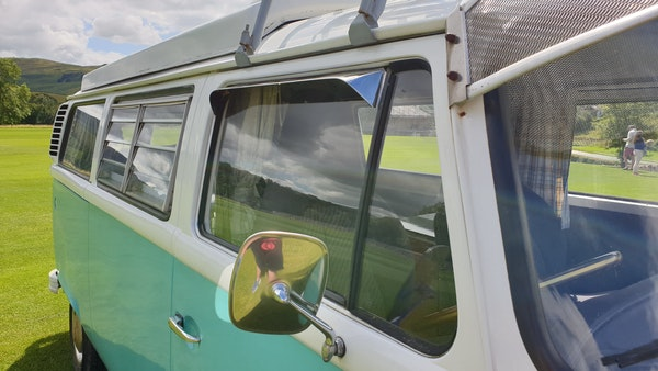 1975 Volkswagen Type 2 Camper For Sale (picture 86 of 138)