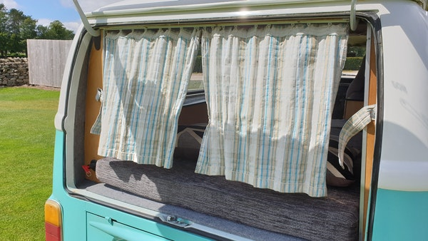 1975 Volkswagen Type 2 Camper For Sale (picture 59 of 138)