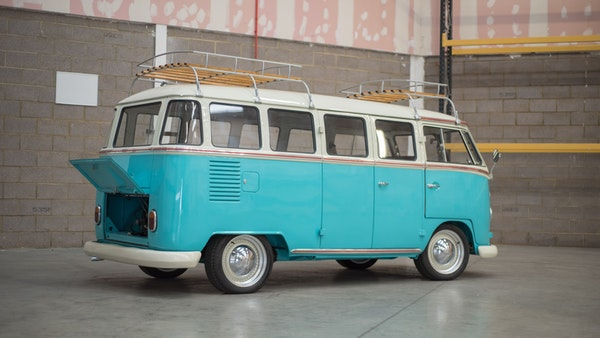 1974 VW Split Screen Micro Bus LHD For Sale (picture 5 of 97)