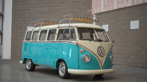 1974 VW Split Screen Micro Bus LHD For Sale (picture 1 of 97)