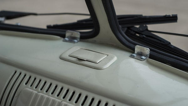 1974 VW Split Screen Micro Bus LHD For Sale (picture 46 of 97)