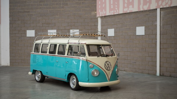 1974 VW Split Screen Micro Bus LHD For Sale (picture 9 of 97)