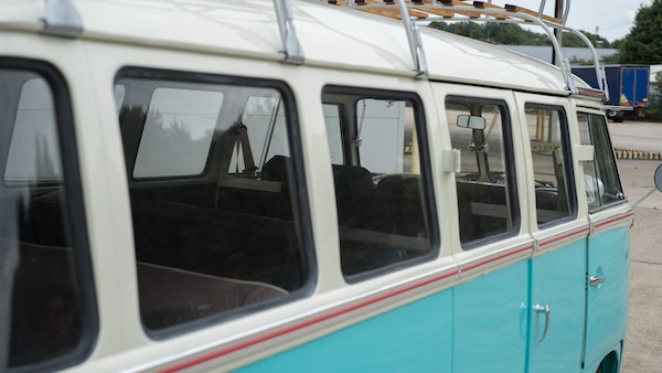 1974 VW Split Screen Micro Bus LHD For Sale (picture 93 of 97)