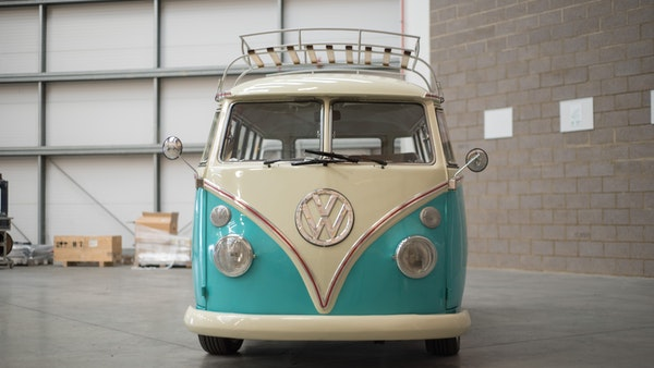 1974 VW Split Screen Micro Bus LHD For Sale (picture 10 of 97)