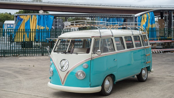 1974 VW Split Screen Micro Bus LHD For Sale (picture 3 of 97)