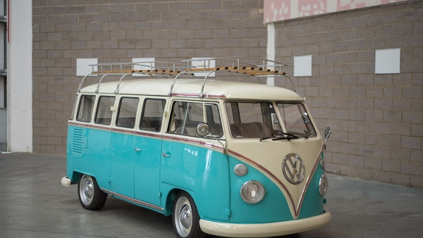 1974 VW Split Screen Micro Bus LHD For Sale (picture 13 of 97)