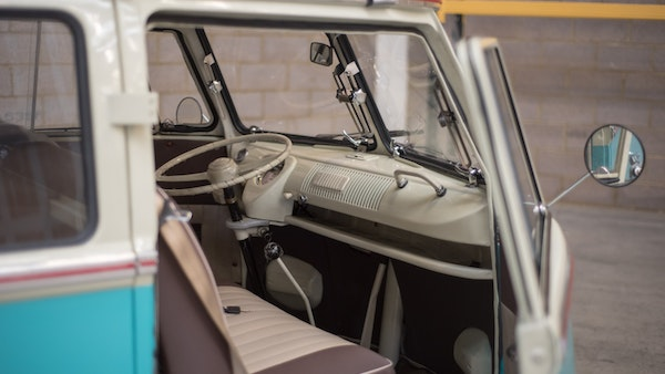 1974 VW Split Screen Micro Bus LHD For Sale (picture 30 of 97)