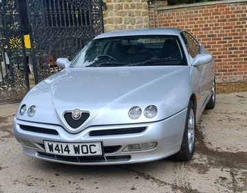 Picture of 2000 Alfa GTV T-Spark 16v near perfect condition For Sale
