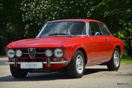 Picture of 1970 Original and correct Alfa Romeo 1750 GT Veloce series 2 For Sale
