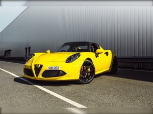 2016 Alfa Romeo 4C 1.75 TBi 2dr TCT For Sale (picture 1 of 1)