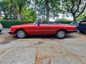 1985 Excellent Condition Alfa Romeo Spider For Sale (picture 4 of 12)