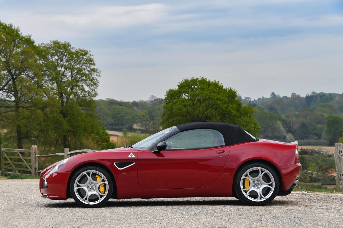 2010 Alfa Romeo 8C Spider - 3000 miles from new, two owners  For Sale (picture 3 of 6)