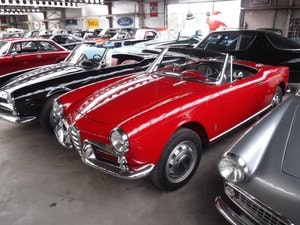 Picture of Alfa Romeo 1300 Spider 750 red 1960 For Sale