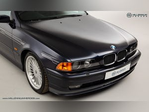 1999 ALPINA B10 3.3 TOURING // 1 OF 19 // ORIENT BLUE METALLIC For Sale (picture 6 of 31)