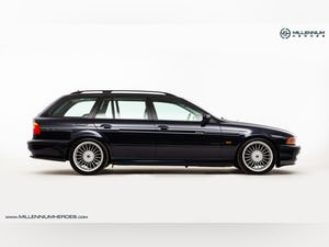 1999 ALPINA B10 3.3 TOURING // 1 OF 19 // ORIENT BLUE METALLIC For Sale (picture 8 of 31)