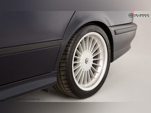 1999 ALPINA B10 3.3 TOURING // 1 OF 19 // ORIENT BLUE METALLIC For Sale (picture 29 of 31)