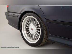 1999 ALPINA B10 3.3 TOURING // 1 OF 19 // ORIENT BLUE METALLIC For Sale (picture 31 of 31)