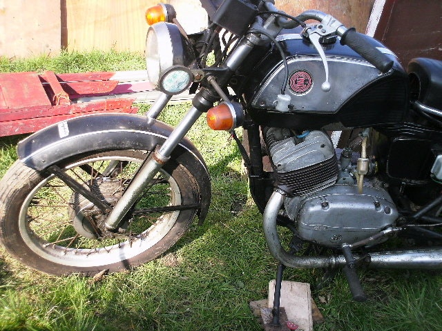 Cz jawa 471 250cc Twin cylinder  1980 For Sale (picture 2 of 2)