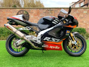 2002 **NOW SOLD** Aprilia RSV1000R RSV-R Mint Only 8,700 Miles For Sale (picture 1 of 12)