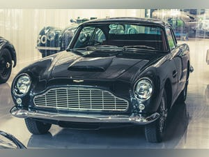 1963 ASTON MARTIN DB4 'SERIES V' SS VANTAGE RHD For Sale (picture 2 of 10)