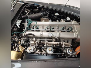 1963 ASTON MARTIN DB4 'SERIES V' SS VANTAGE RHD For Sale (picture 5 of 10)