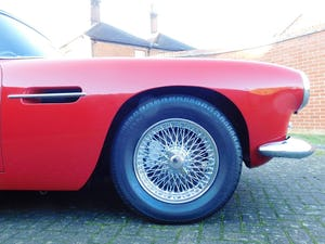 1962 Aston Martin DB4 Series 5 Vantage Convertible For Sale (picture 7 of 16)