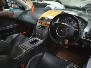 2004 ASTON MARTIN DB9 5.9 V12 2d AUTO 451 BHP For Sale (picture 4 of 6)