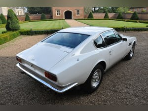 Concours winning 1971 Aston Martin DBSV8 (factory LHD) For Sale (picture 3 of 6)