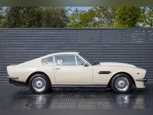 1984 Aston Martin V8 Vantage LHD ONLY 8600 MILES MANUAL (ZF) For Sale (picture 2 of 24)
