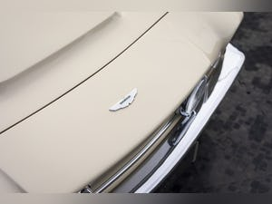 1984 Aston Martin V8 Vantage LHD ONLY 8600 MILES MANUAL (ZF) For Sale (picture 12 of 24)