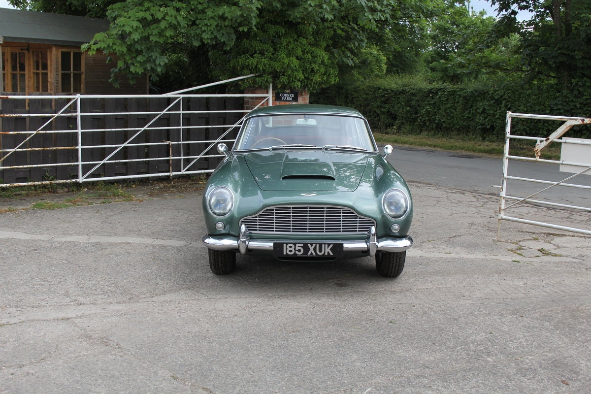 1962 Aston Martin DB4 Series V Vantage - Matching Numbers For Sale (picture 2 of 23)