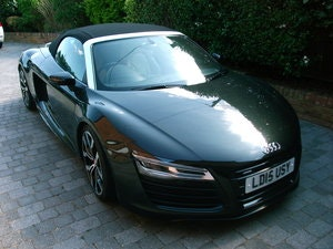 Picture of 2015 Audi R8 Spyder 5.2 FSi Quattro V10 SOLD