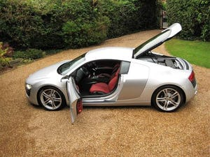 2011 Audi R8 Quattro 6 Spd Manual Just Featured In AUTOCAR For Sale (picture 5 of 6)