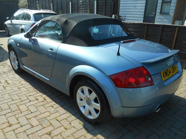 Picture of 2004 Audi tt soft  top electric ..manual gears For Sale