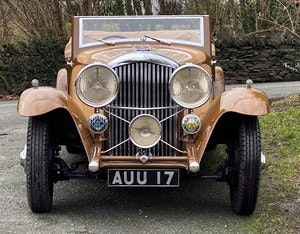 Picture of 1933 Bentley 3½ Litre Barker Two Dr Drophead Coupe B17AE For Sale
