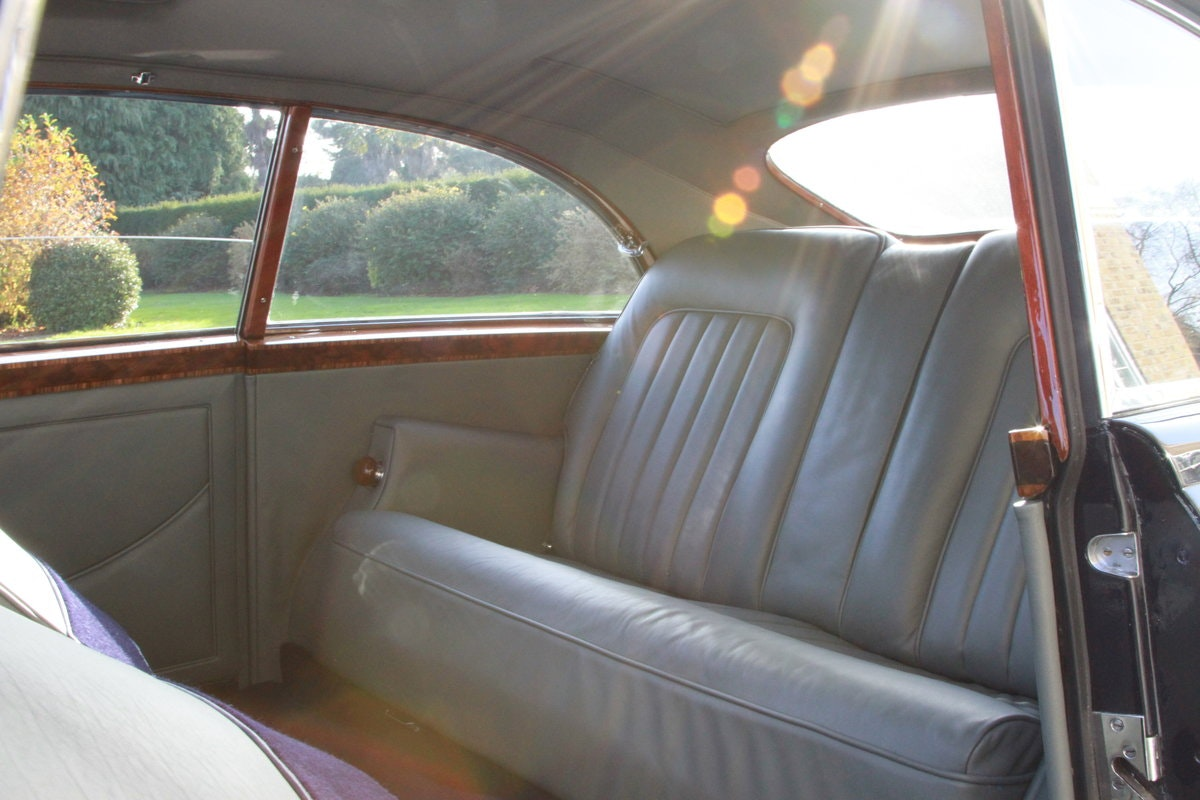 1957 Bentley S1 Continental Fastback by H.J Mulliner For Sale (picture 6 of 6)