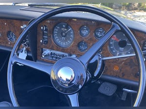 1961  Bentley Continental S2 Drop Head Coupe Low Mileage Restored For Sale (picture 4 of 6)