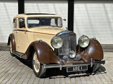 Picture of 1937 Bentley 4 1/4 Litre with overdrive Park Ward Saloon For Sale