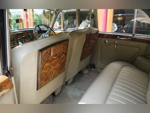 Bentley S3 1963 Standard Saloon For Sale (picture 6 of 10)