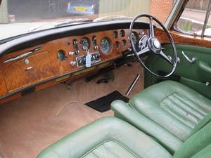 1961 Bentley S II Continental 2 Door Coupe  By H.J. Mulliner For Sale (picture 4 of 7)