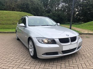 2005 BMW 330d E60 Touring LEFT HAND DRIVE LOW OWNERS For Sale (picture 1 of 6)