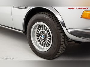 1972 BMW 3.0 CSL // BMW DEALER COLLECTION CAR // BMW RESTORED / For Sale (picture 22 of 23)