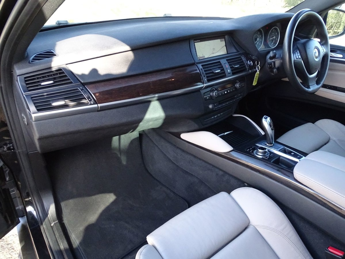 201414 BMW X6 SOLD (picture 12 of 20)
